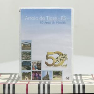 <b>DVD sobre município de Arroio do Tigre</b><br>Audiovisual produzido para o município de Arroio do Tigre (RS) por ocasião da comemoração dos seus 50 anos de emancipação